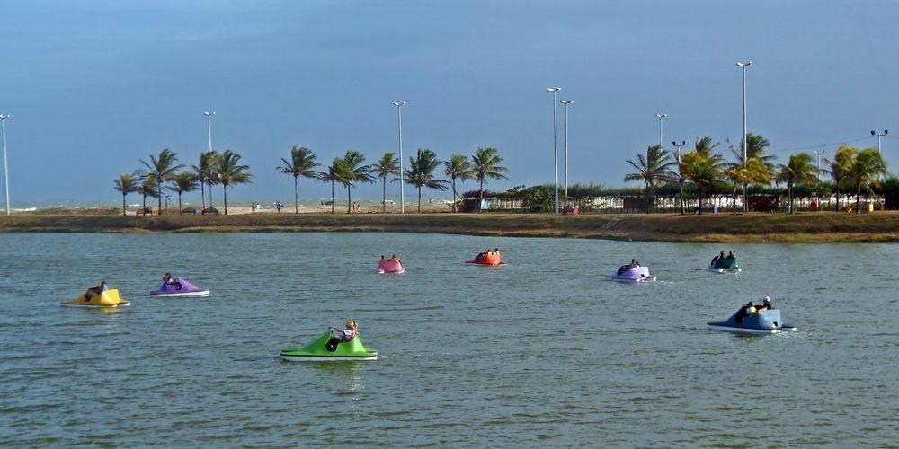 A orla da praia de Atalaia, em Aracaju