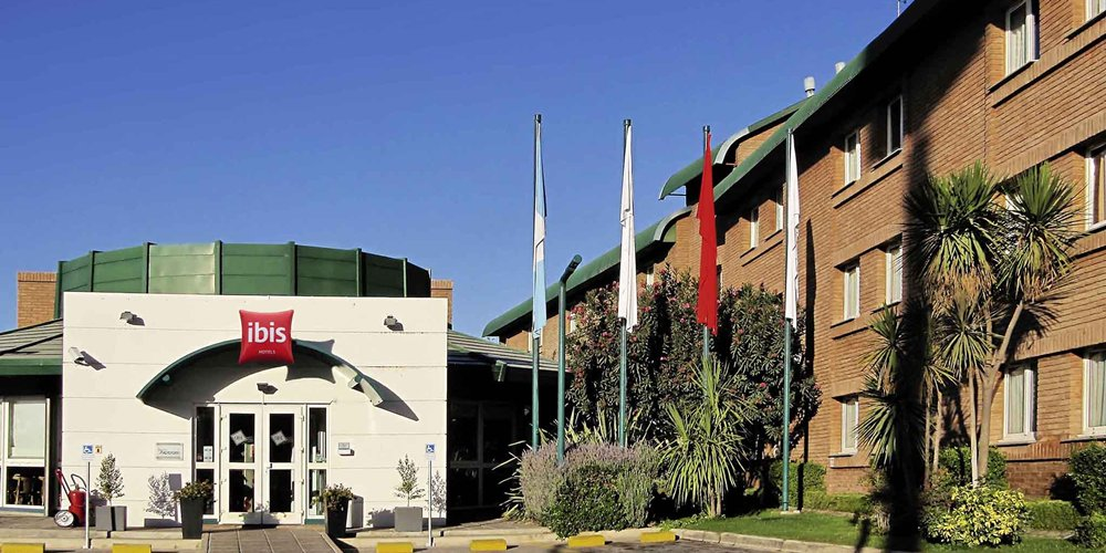 Como foi nossa experiência de hospedagem no Ibis Mendoza, na Argentina.