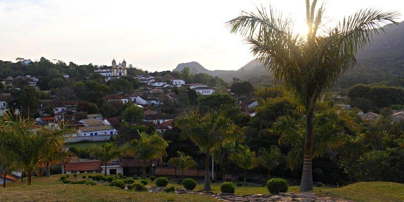 Vista da Igreja São Francisco de Paula, em Tiradentes.