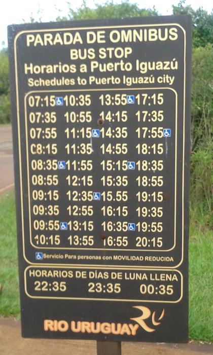 Horários de partida do ônibus da porta do Parque Iguazú