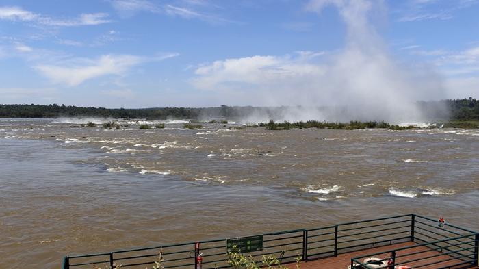 Rio Iguaçu Superior, Garganta do Diabo e respingos