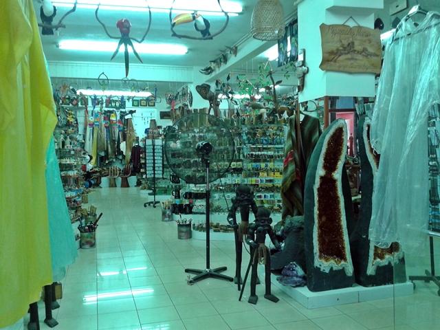 Loja de artesanato na av. Brasil