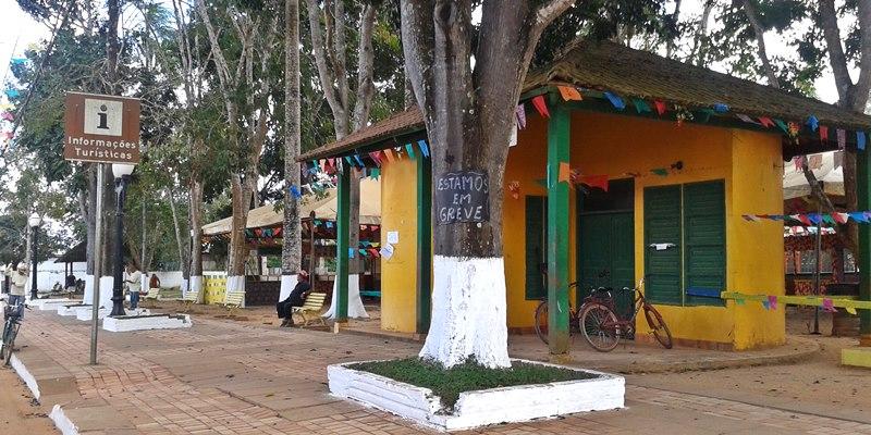 Centro de Informações Turísticas de Plácido de Castro em greve