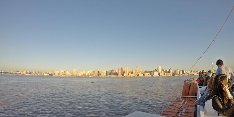 passeio de barco guaiba