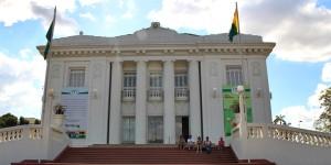 Visita guiada ao Palácio Rio Branco, no Acre