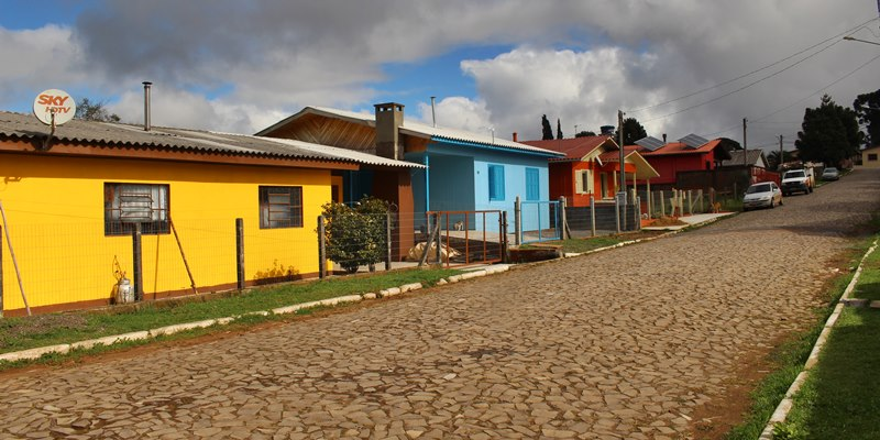Uma rua de Cambará