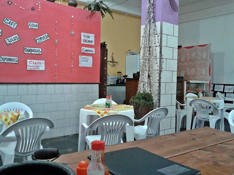 Dica de onde comer em São Thomé das Letras: Panquecaria. São dezenas de opções de crepes e panquecas, pertinho da Igreja Matriz.