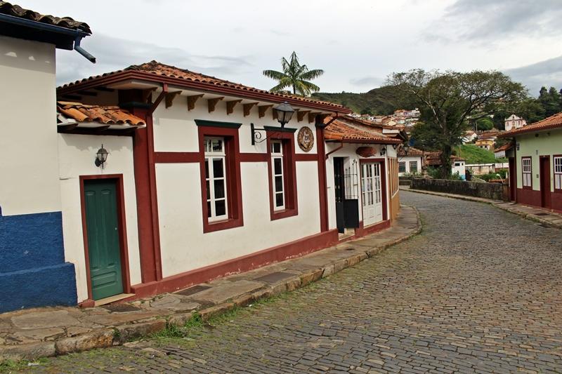 Fachada da Pousada do Ouvidor, localizada no bairro Antônio Dias, em Ouro Preto.