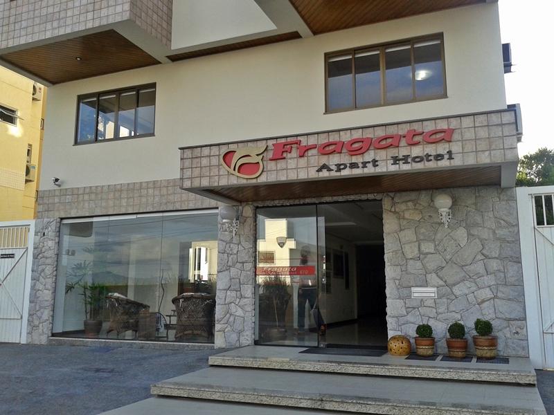fachada fragata aprt hotel