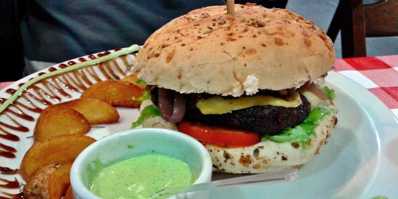 Onde comer em Canasvieiras, norte de Florianópolis