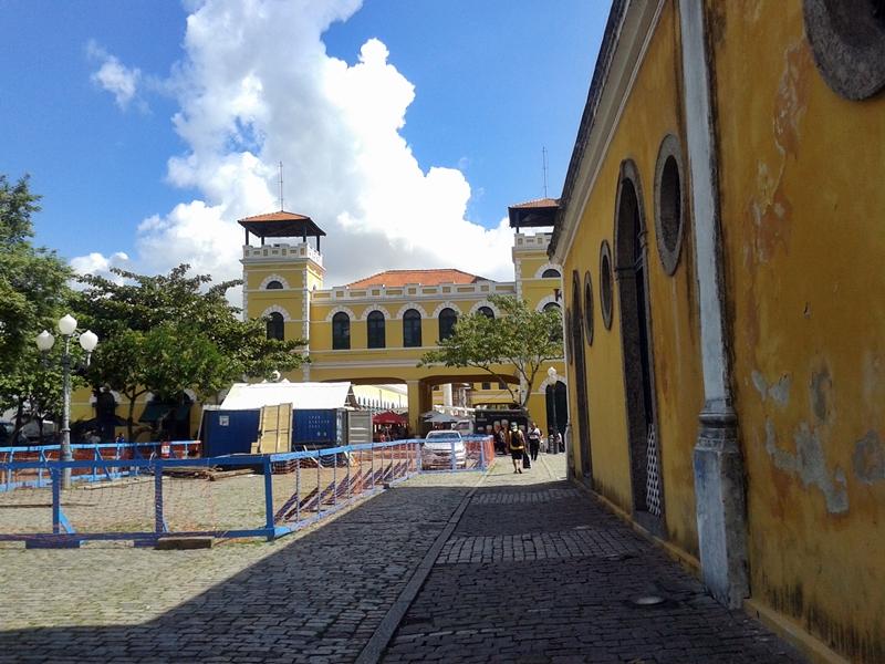 Casa da Alfândega, prédio inaugurado em 1876 que funcionou como repartição pública até 1964, quando o porto da cidade foi desativado. Hoje é um centro de artesanato.