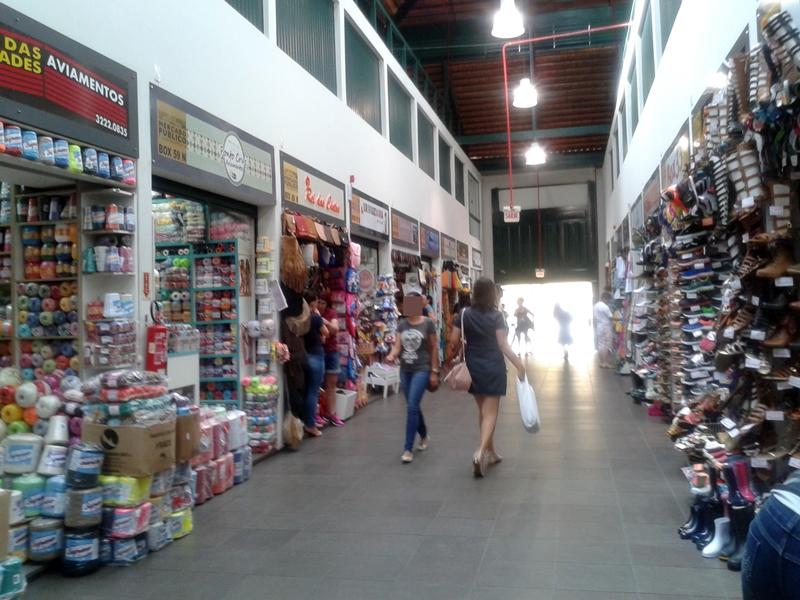 Mercado Público de Florianópolis, ótimo passeio no Centro Histórico. Sua construção começou em 1899. Vendem-se alimentos, roupas, ervas, artesanato.