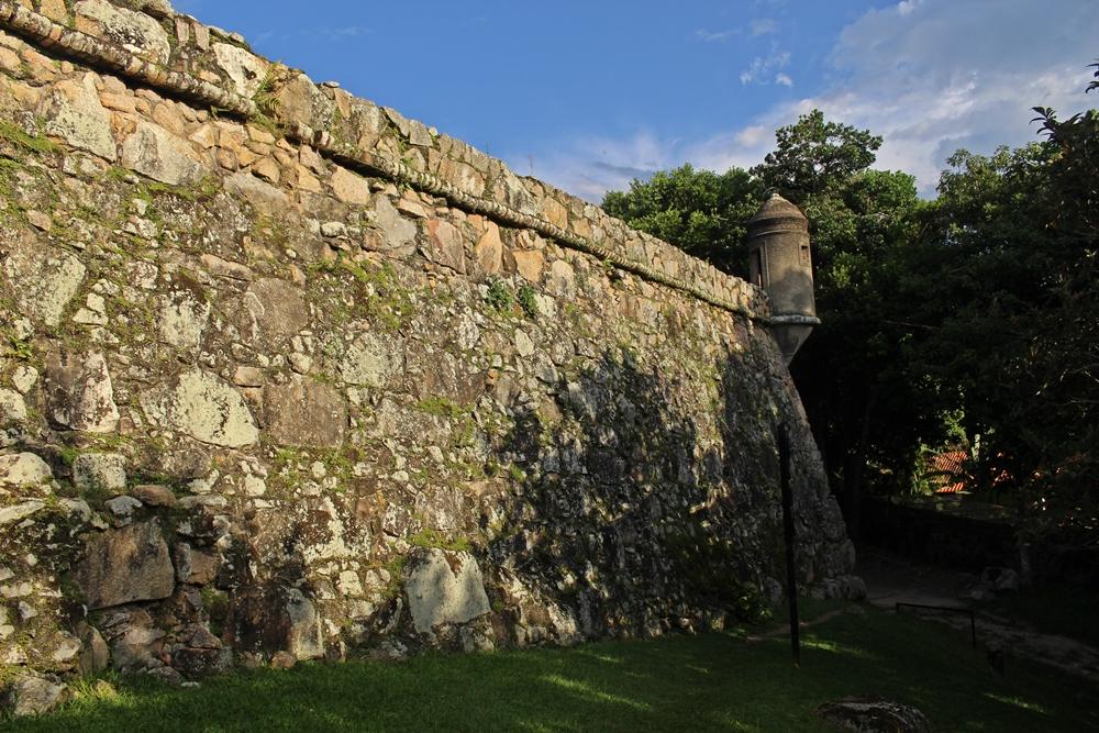 Muralha vista de fora