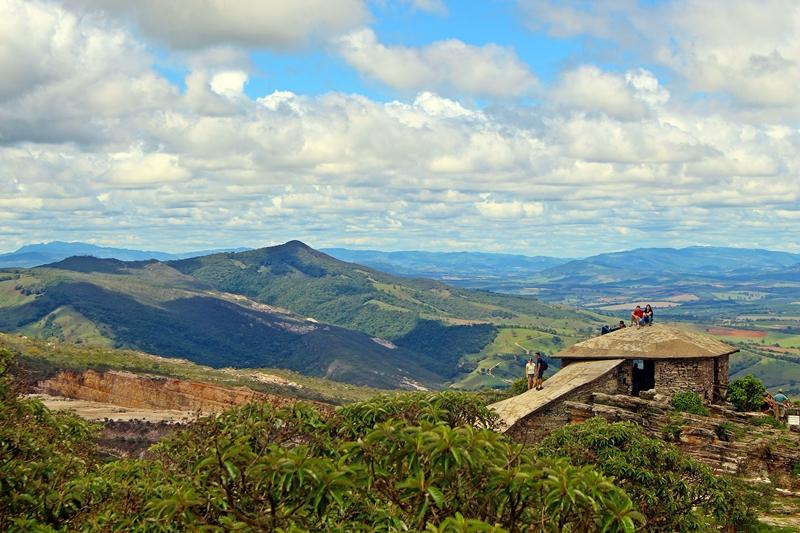 Pirâmide de São Thomé das Letras, cidade famosa pelo misticismo e por suas belas montanhas, no inteior de Minas Gerais.