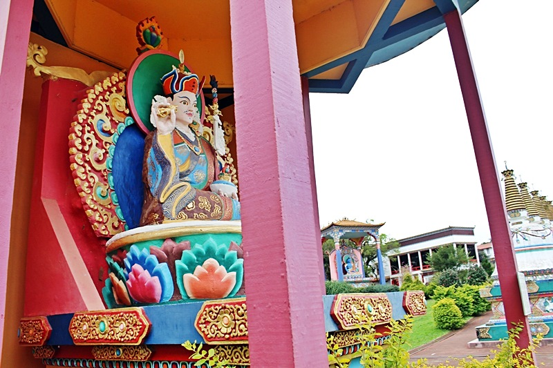 templo budista khadro ling tres coroas (1)