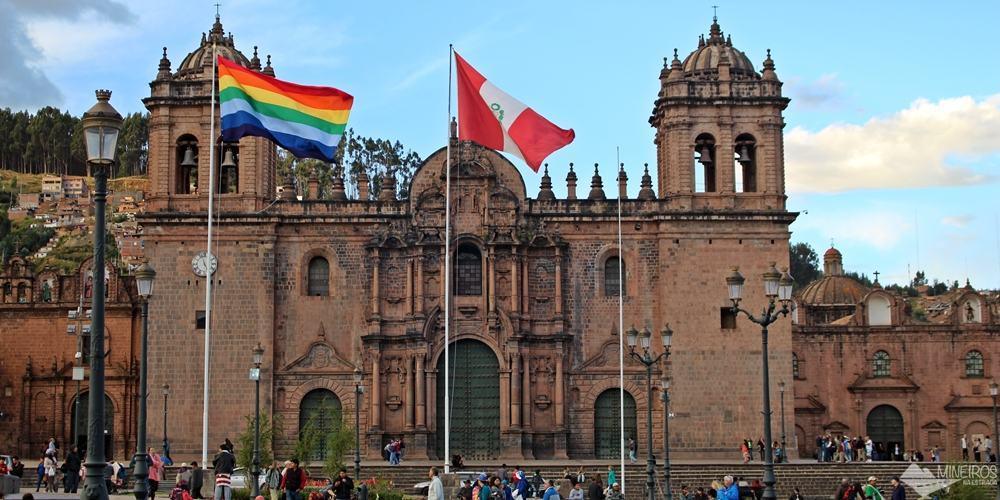 Catedral de Cusco, na Plaza de Armas, integrante do Circuito Religioso Arzobispal. A entrada está incluída no Boleto Religioso.