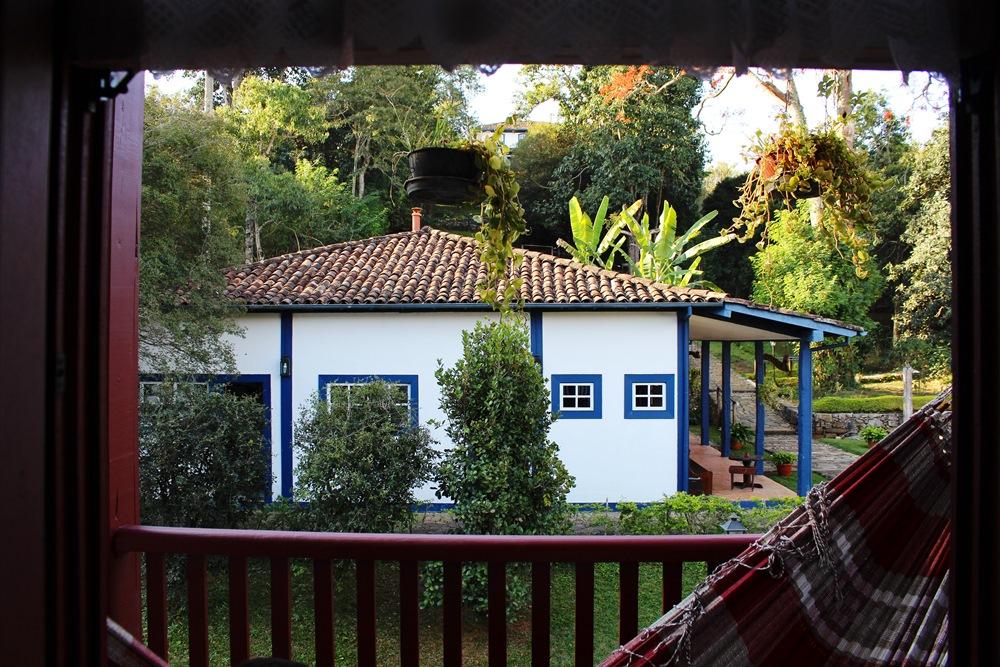 Casarão histórico na Pousada Solar dos Montes, localizada no município de Santana dos Montes, a 130 quilômetros de Belo Horizonte, em Minas Gerais. Ótima opção de descanso para casais e famílias.