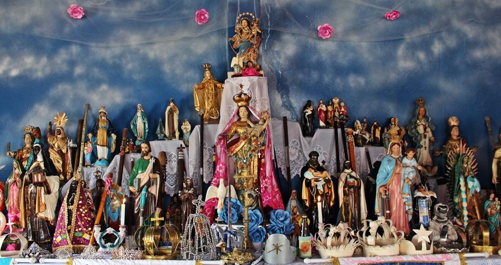 Altar da capela da Comunidade dos Arturos, em festa pelo Dia da Consciência Negra.