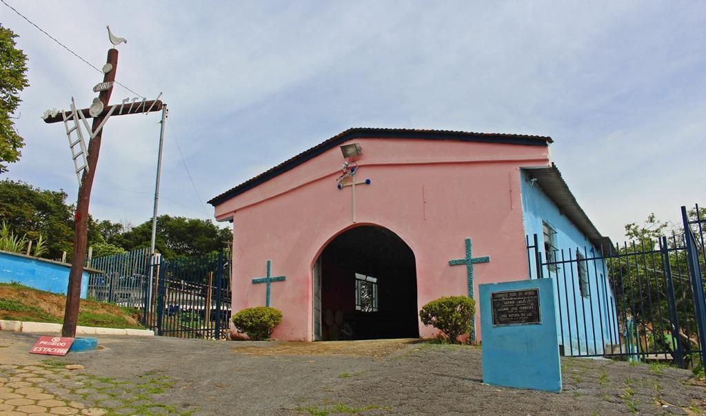 Capela da Comunidade dos Arturos, a primeira comunidade negra do Brasil a ser reconhecida como Patrimônio Cultural, localizada em Contagem (MG).