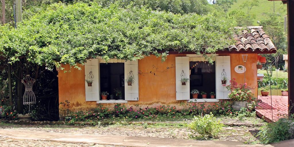 Empório da Fazenda Santa Marina.