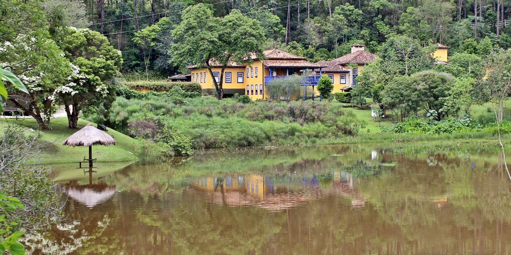 Hotel Fazenda Santa Marina, localizado em Santana dos Montes, cidade que faz parte da Estrada Real e do Circuito das Villas e Fazendas.