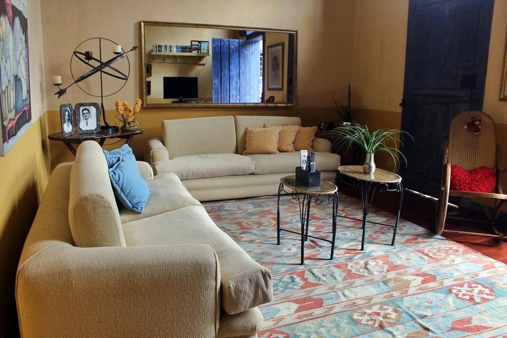 Sala de TV da Casa Sede da Fazenda Santa Marina, em Santana dos Montes.