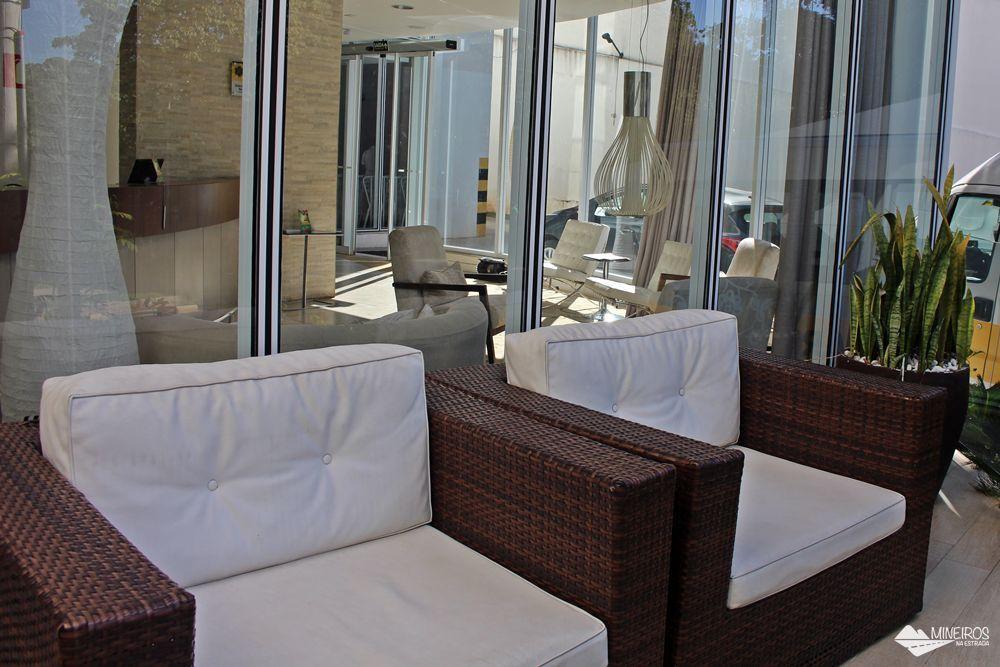 Térreo do Pampulha Design Hotel, um hotel localizado na orla da Lagoa da Pampulha, em Belo Horizonte.