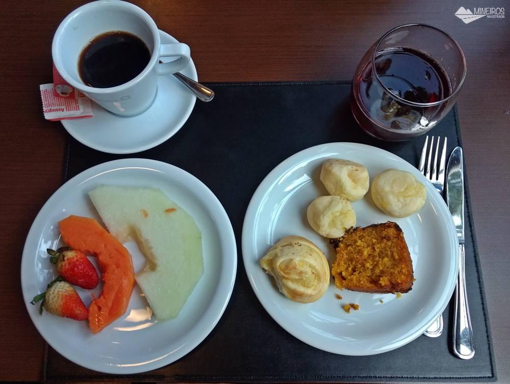 Parte do café da manhã do Bristol Vista Azul, em Domingos Martins, Espírito Santo.