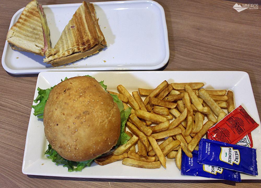 Sanduíches do Bristol Vista Azul, hotel em Domingos Martins, região das montanhas capixabas.