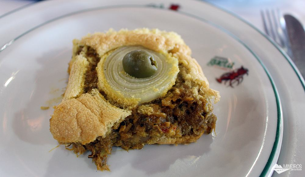 Torta capixaba do Restaurante Gaeta, famoso pelo moquequeiro Nhozinho Matos. O restaurante fica em Meaípe, Guarapari.