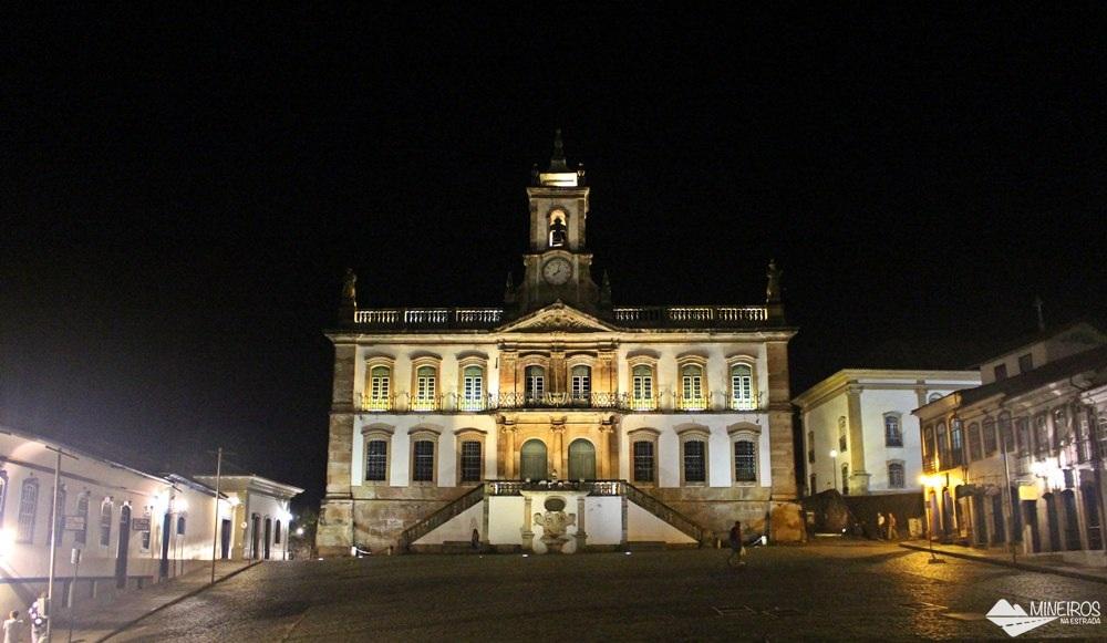 Museu da Inconfidência, em Ouro Preto, á noite.