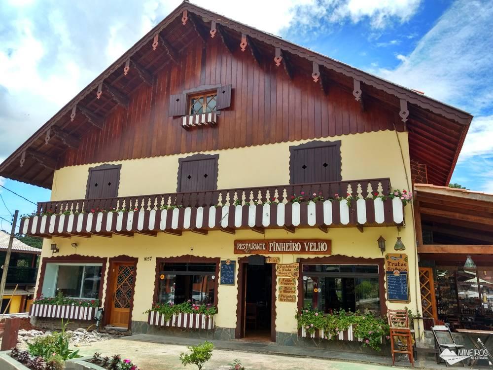 Restaurante Pinheiro Velho, com comida caseira e ótimo preço, em Monte Verde, sul de Minas Gerais.