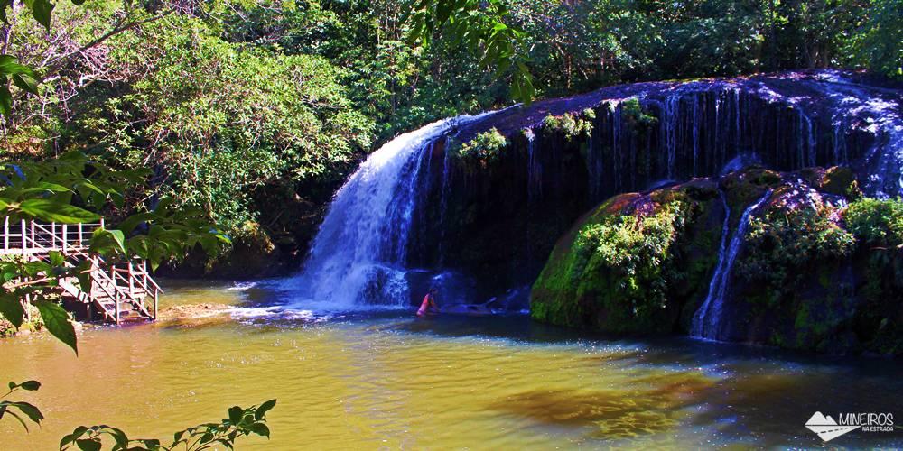 A Estãncia Mimosa é uma propriedade particular localizada a 25 km de Bonito e aberta ao ecoturismo, com cachoeiras, cavalgada e observação de pássaros.