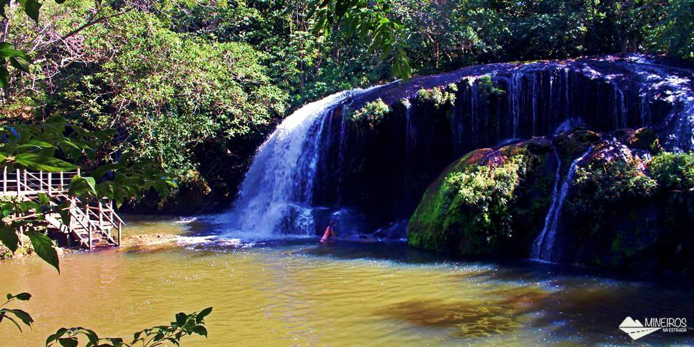 A Estância Mimosa é uma propriedade particular aberta ao ecoturismo, em Bonito, Mato Grosso do Sul. As atividades oferecidas são trilhas e cachoeiras, cavalgada e observação de pássaros.