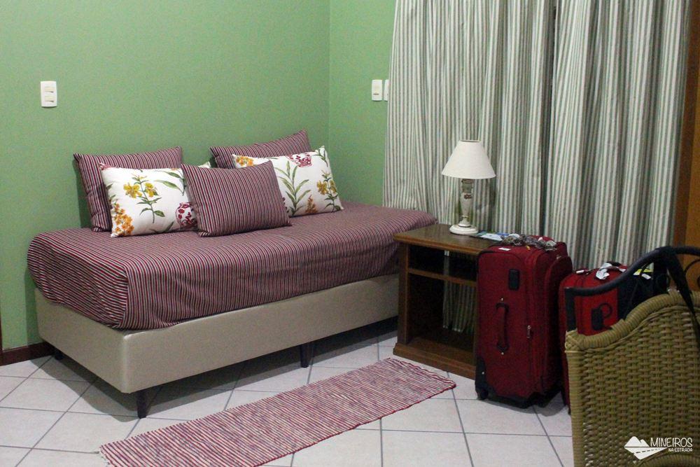Quarto superior do Hotel Pousada Águas de Bonito, uma excelente opção de hospedagem em Bonito, Mato Grosso do Sul. Possui quartos confortáveis, grande área para lazer e descanso, comida boa e ótimo atendimento.