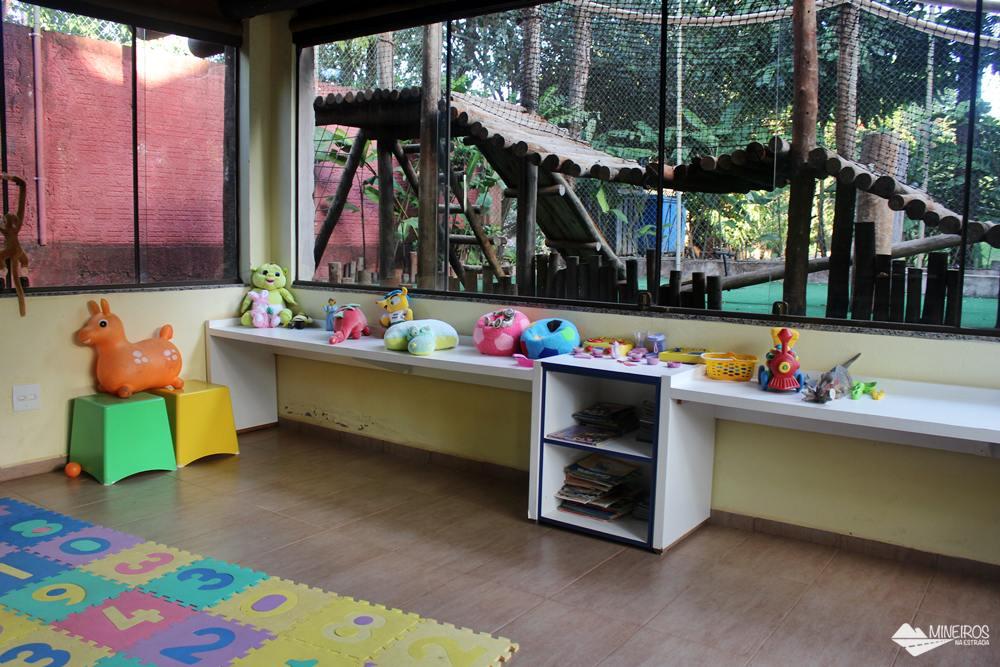 Brinquedoteca do Hotel Pousada Águas de Bonito, uma excelente opção de hospedagem em Bonito, Mato Grosso do Sul. Possui quartos confortáveis, grande área para lazer e descanso, comida boa e ótimo atendimento.