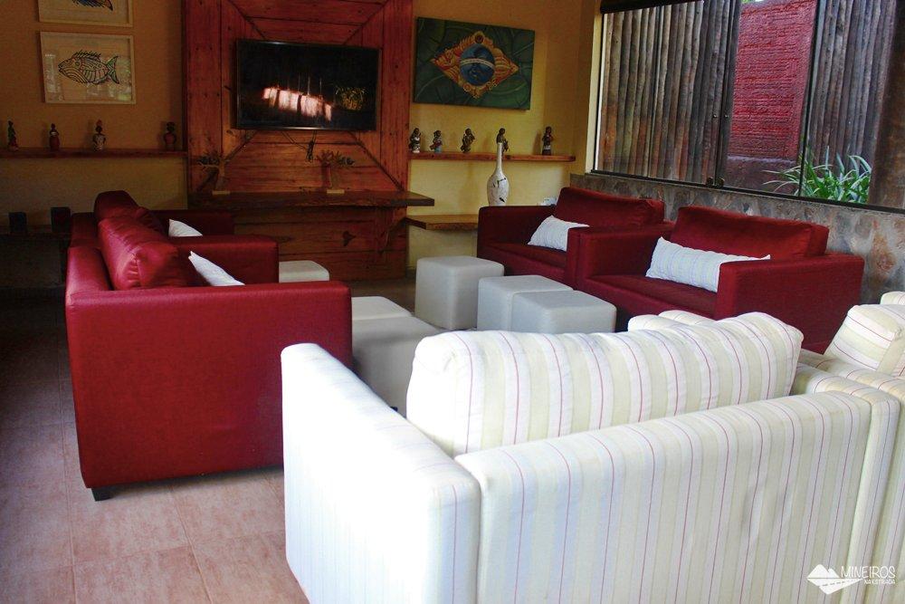 Sala de TV do Hotel Pousada Águas de Bonito, uma excelente opção de hospedagem em Bonito, Mato Grosso do Sul. Possui quartos confortáveis, grande área para lazer e descanso, comida boa e ótimo atendimento.
