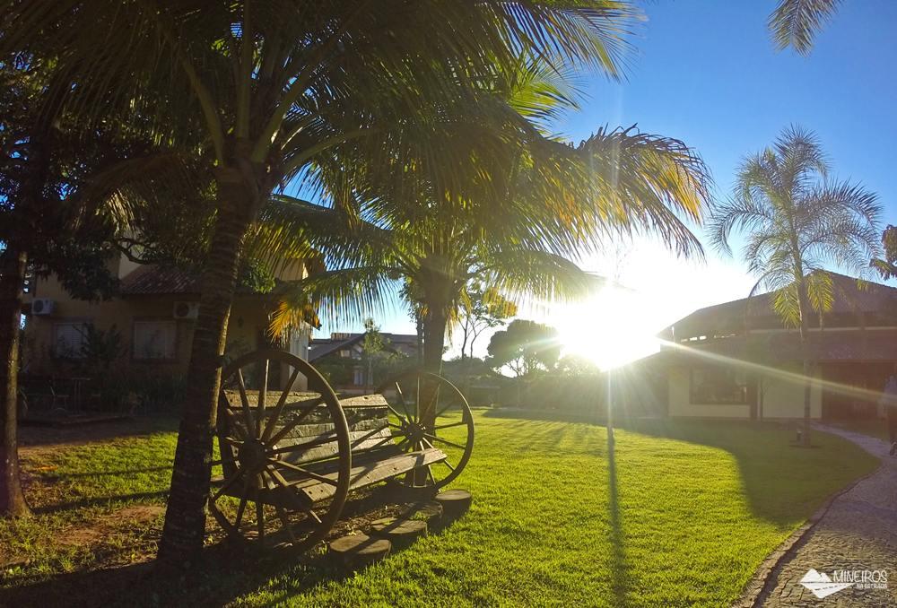 Hotel Pousada Águas de Bonito, uma excelente opção de hospedagem em Bonito, Mato Grosso do Sul. Possui quartos confortáveis, grande área para lazer e descanso, comida boa e ótimo atendimento.