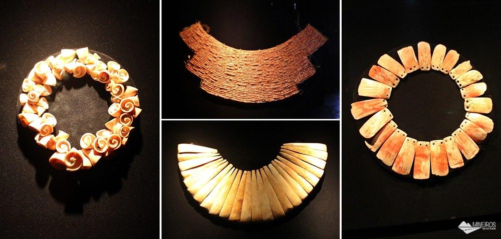 Joias em conhas e ossos, expostos no Museu de Arte Precolombino, em Cusco.