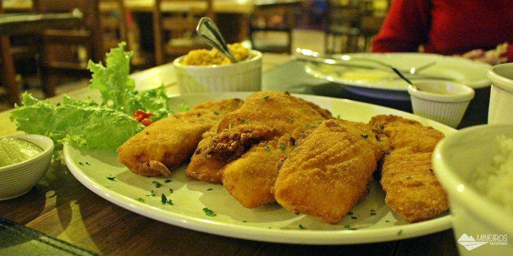 Restaurante Juanita, em Bonito, famoso por servir pratos tendo peixe como ingrediente principal.
