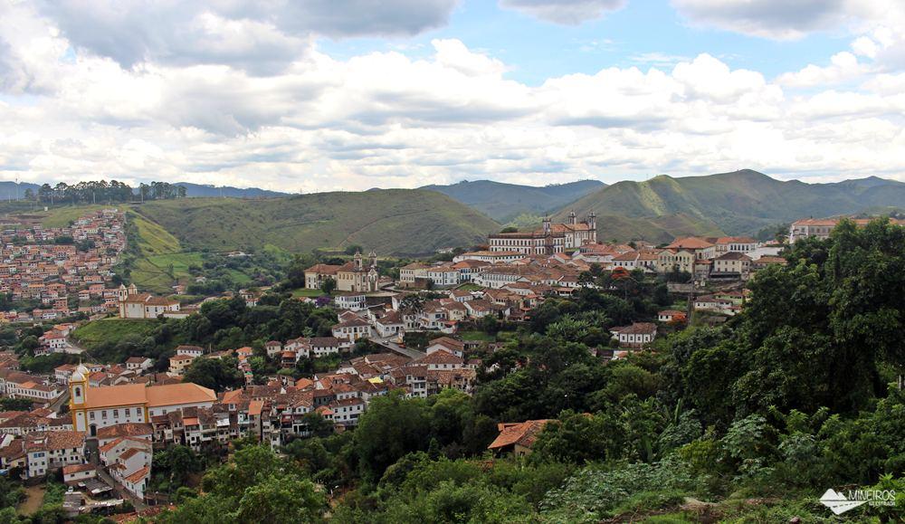 Ouro Preto, vista do Mirante das Lajes, na rua Quintiliano Maciel.