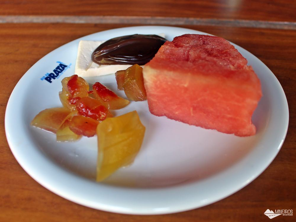 Sobremesas preparadas no Recanto Ecológico Rio da Prata, em Bonito (MS).