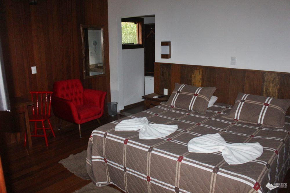 Interior da acomodação do Hotel Cabanas, em Bonito (MS).
