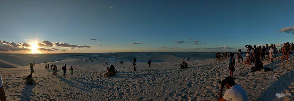 Pôr do sol no Circuito Lagoa Bonita, no Parque Nacional dos Lençóis Maranhenses