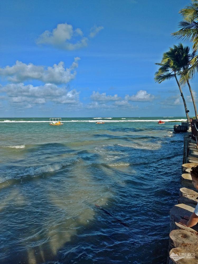 Maré alta na Praia dos Carneiros, em Pernambuco.