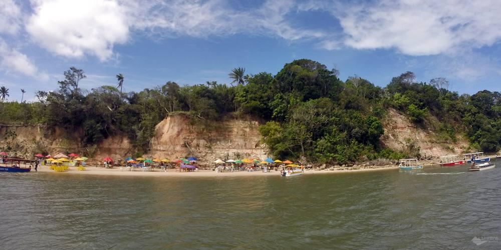 banho de argila. Praia dos Carneiros - Pernambuco