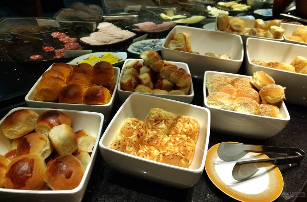 Café da manhã do Ouro Minas