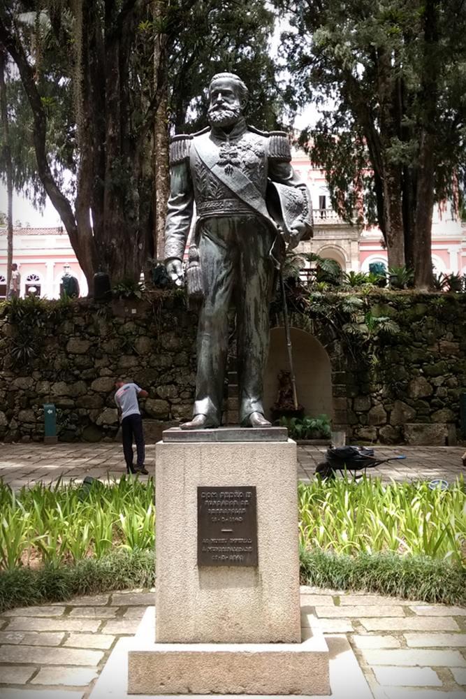 Estátua de Dom Pedro II no Museu Imperial de Petrópolis