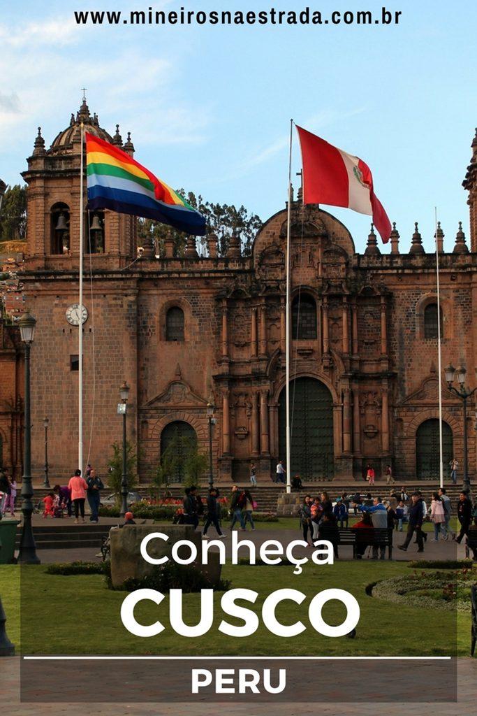 Após voltarmos de Machu Picchu, ficamos mais um dia em Cusco. Passeamos por San Blás, San Pedro e visitamos igrejas e museus. Veja aqui o que fazer em Cusco.