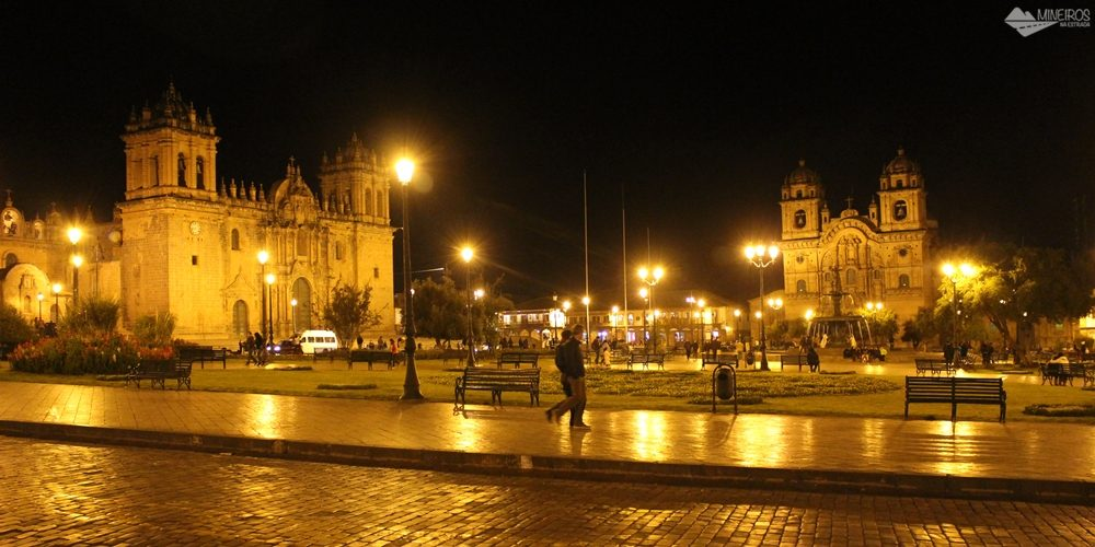 Plaza de Armas de Cusco à noite (Peru)